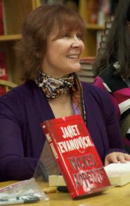 Janet Evanovich author